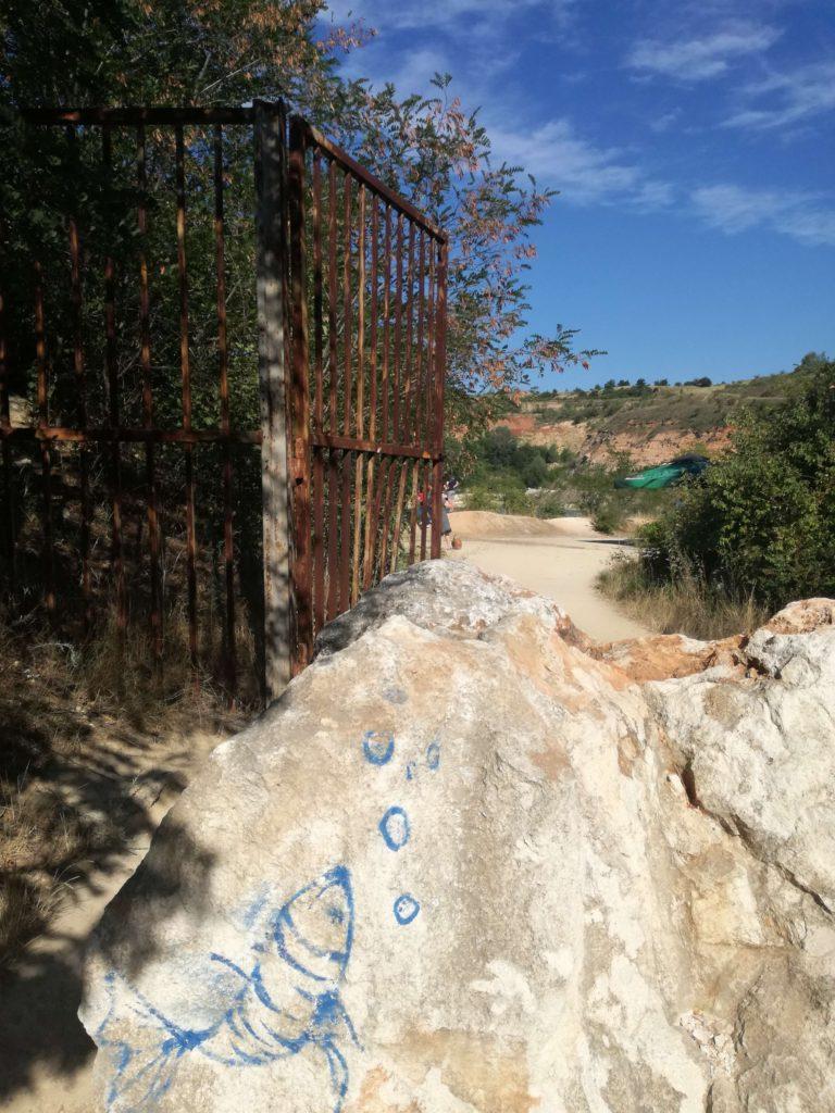 Ulaz na jezero Beli kamen